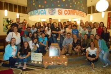 La comunidad educativa del Colegio María Auxiliadora de Valencia se regala un tiempo de oración
