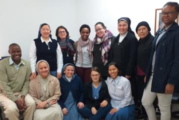 Encuentro de Junioras: Lo propio de Dios es la alegría