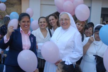 S. Yvonne Reungoat al servicio de la Iglesia y de la Vida Consagrada