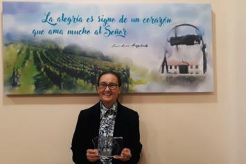 S. Bernarda García recibe el Premio de Manos Unidas