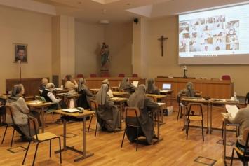 Encuentro precapitular online